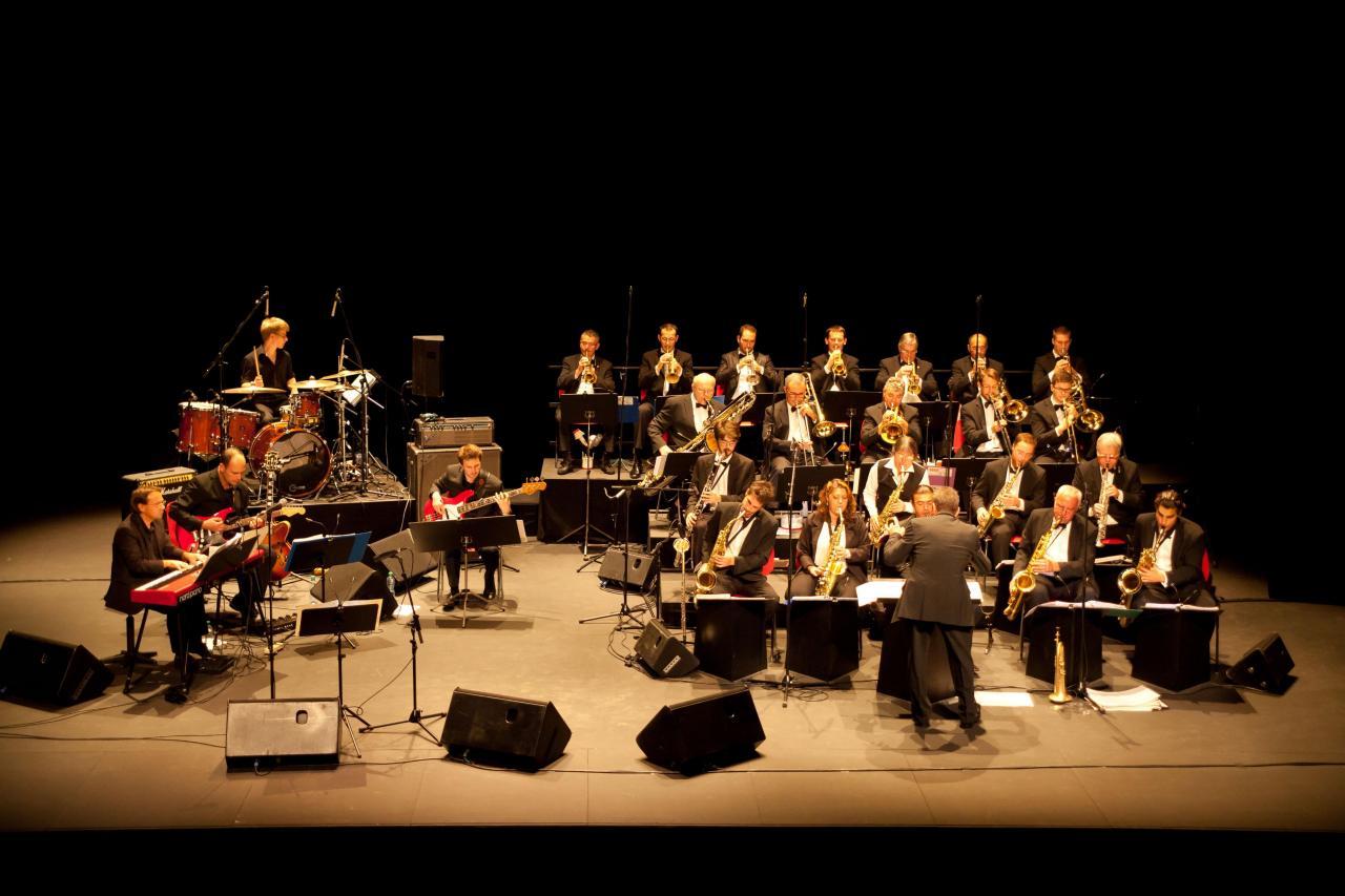 08_BBDR Big Band