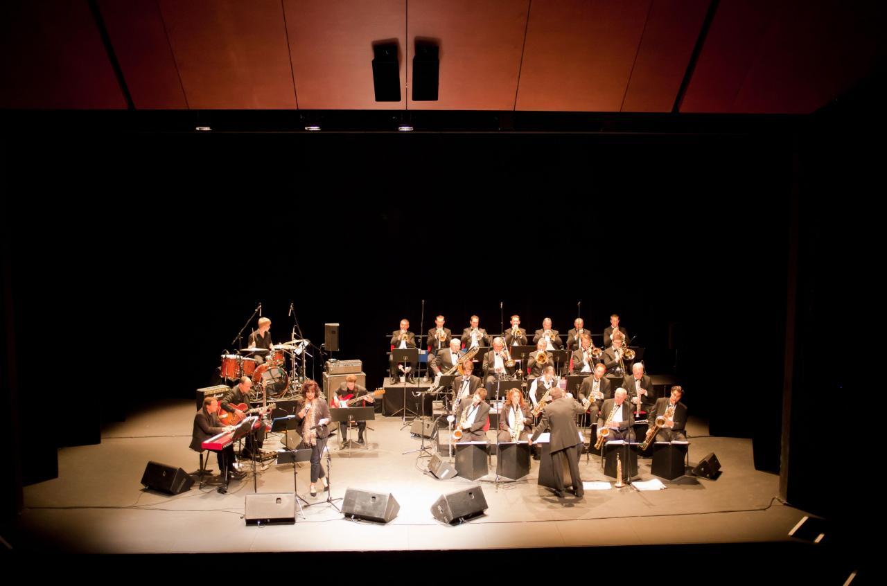 09_BBDR Big Band