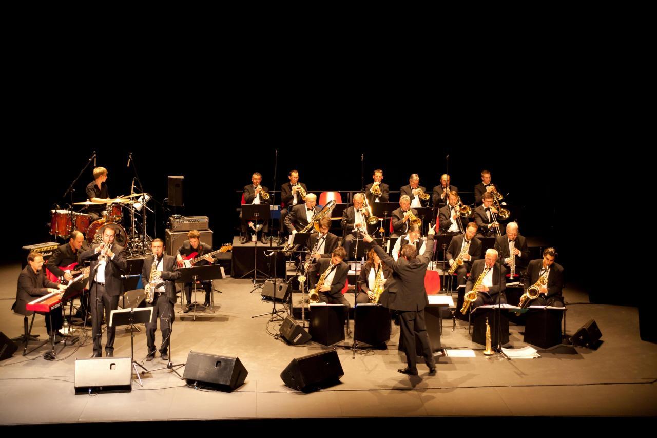 10_BBDR Big Band