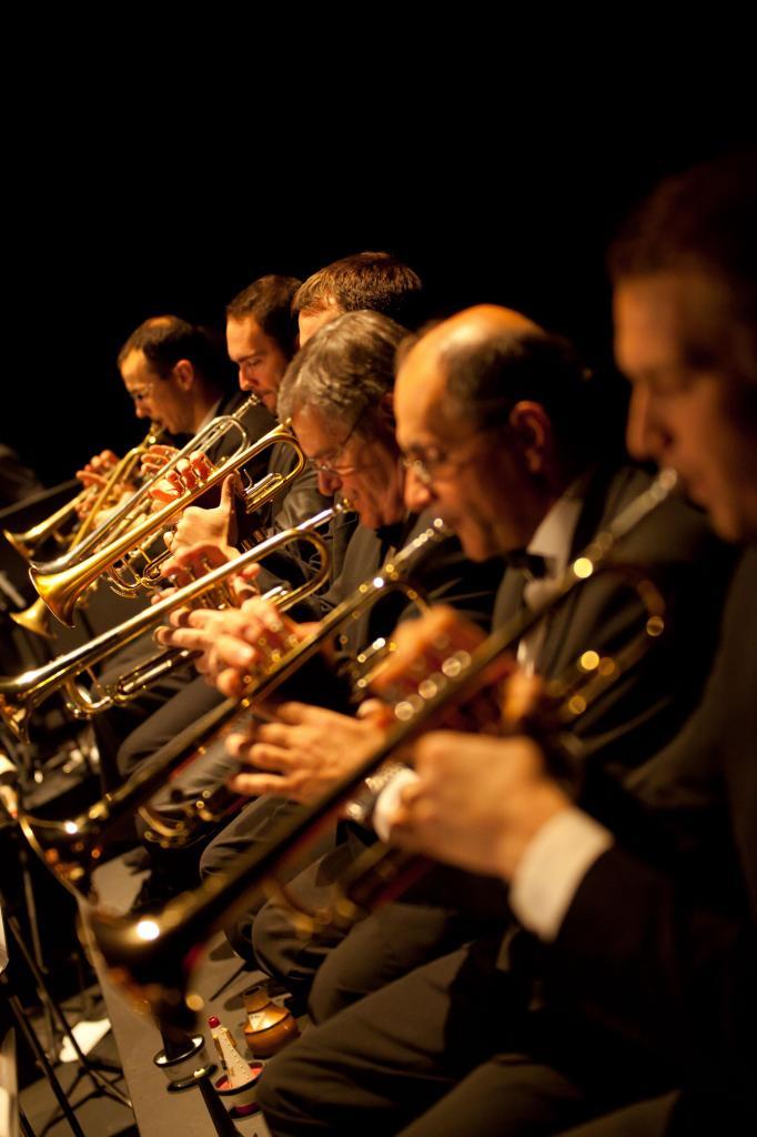 17_BBDR Big Band